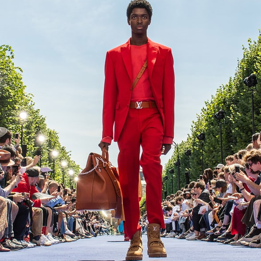 832a23b72e7 Discover What s Trending in the World of Fashion