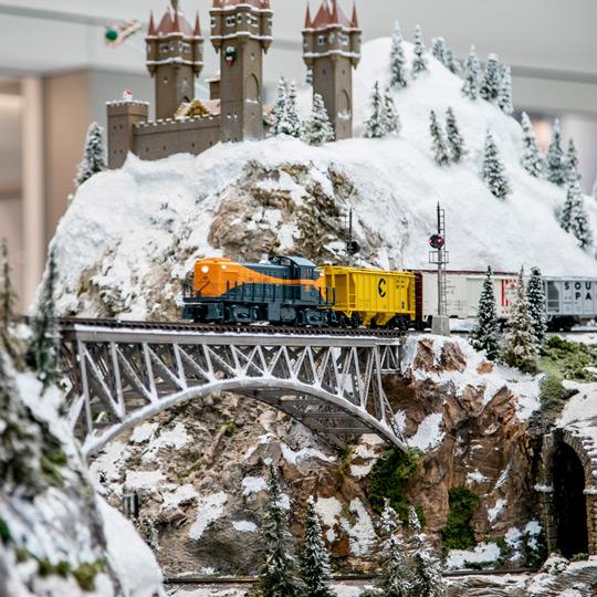 Aventura Train Station   Florida's Largest Model Train